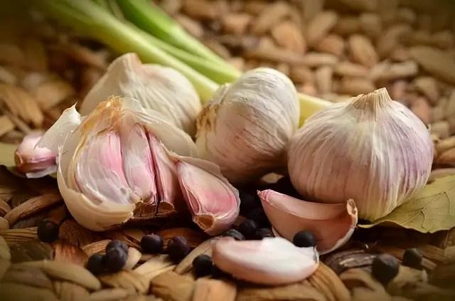 garlic-1336883_640
