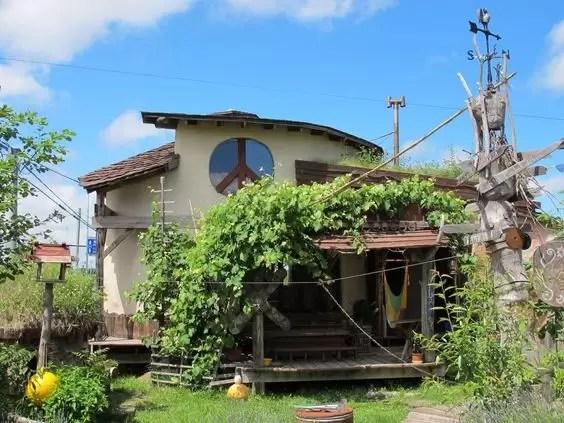Tida House