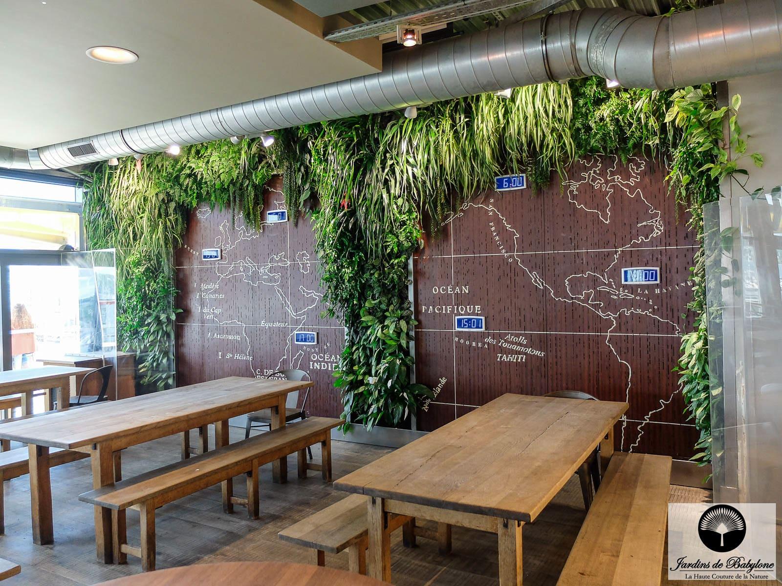 Mur Vgtal Restaurant Le Succs De La Brasserie Le Tour