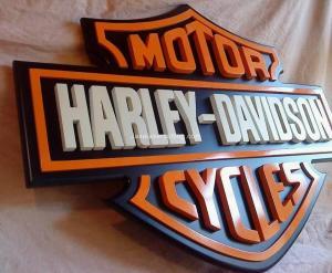 Cutting MDF untuk Logo
