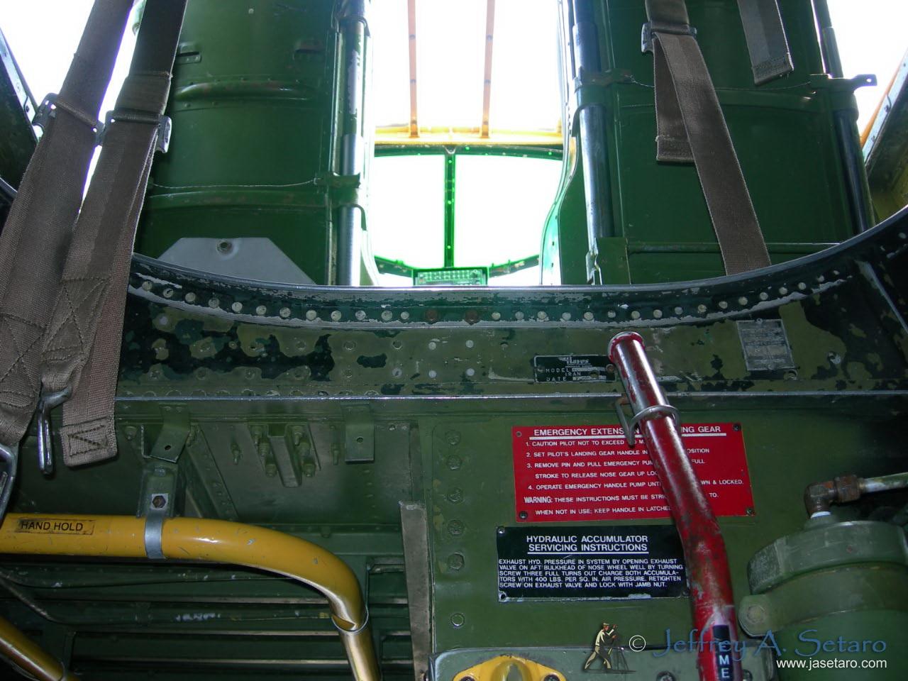 Tondelayo interior: facing forward looking up towards the flight deck