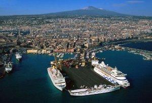 Excursion from porto di catania