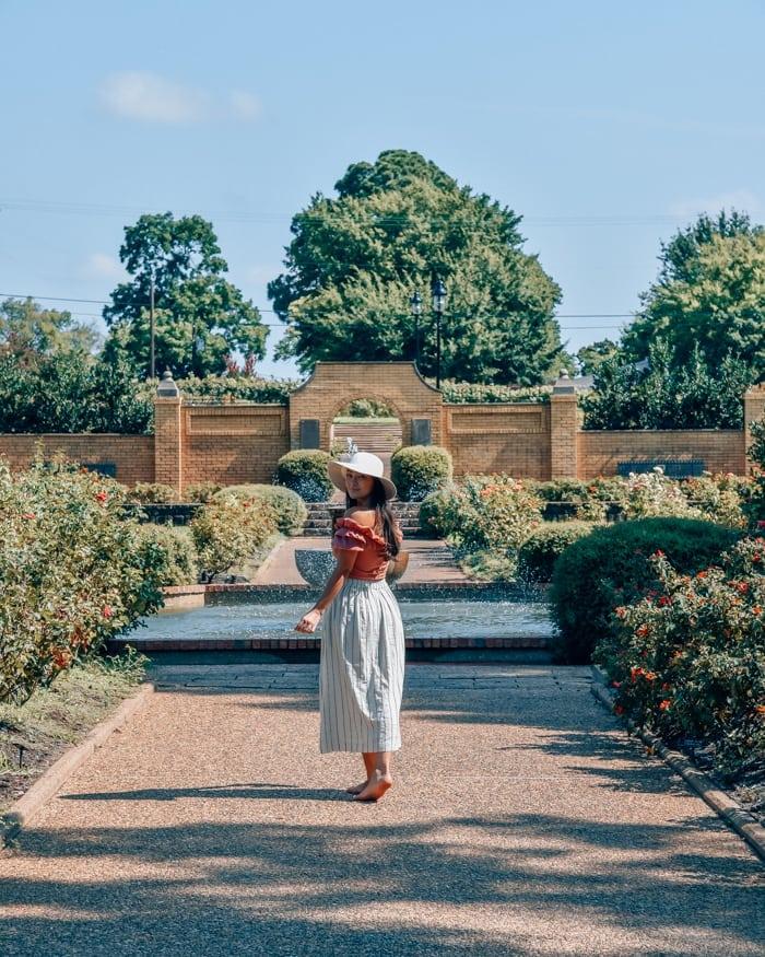 tyler rose garden fountains