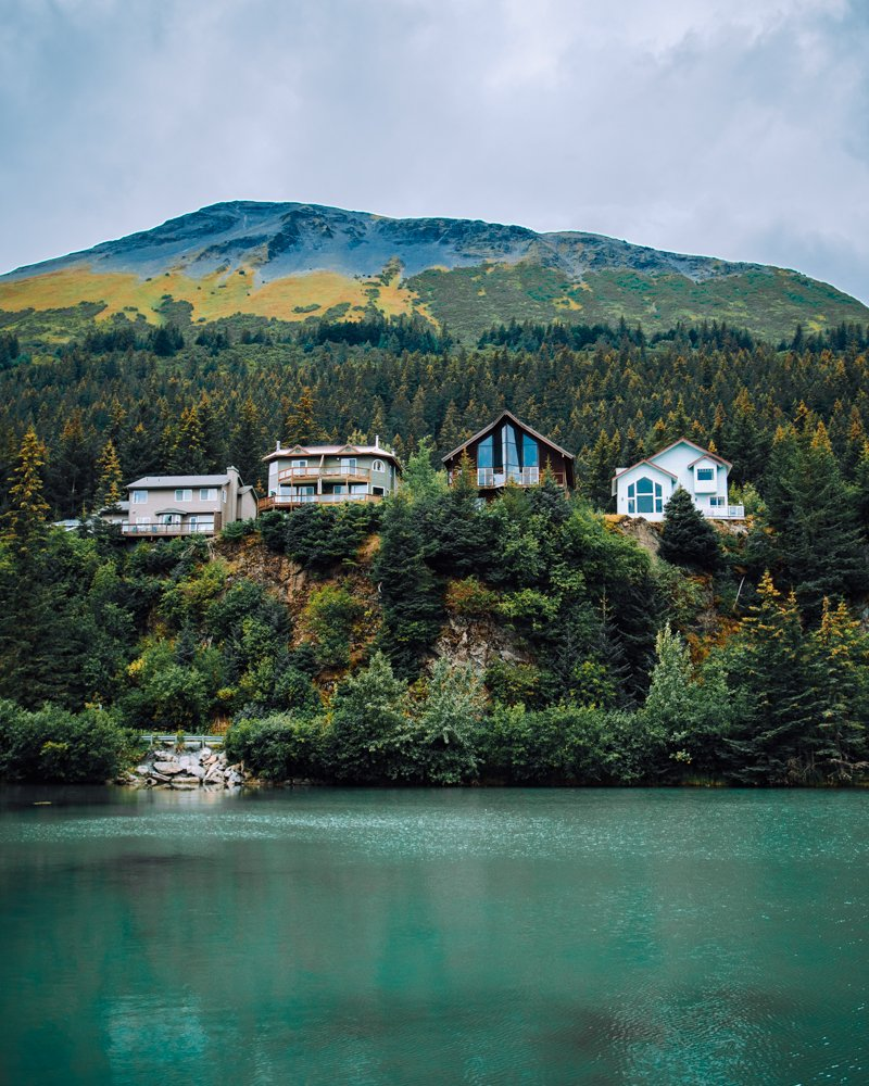 the lagoon in Seward, Alaska, one of the prettiest places in Alaska