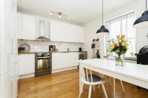 Weighing the Pros and Cons of Hardwood Flooring in the Kitchen