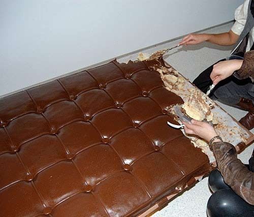 Chocolate-couch3