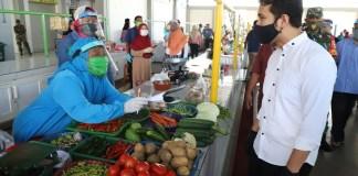 Wakil Gubernur Jawa Timur, Emil Elestianto Dardak meninjau Pasar Gunung Anyar dan Nambangan Kenjeran Surabaya