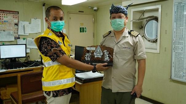 TPS Terima Kapal Wan Hai Lines yang Lebih Besar