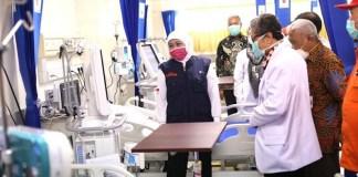 Hari Kesehatan Nasional, Gubernur Khofifah Ajak Masyarakat Hidup Damai dengan Covid-19