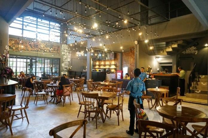Omset Kafe dan Restoran Surabaya Anjlok Hingga 60 Persen Akibat PPKM