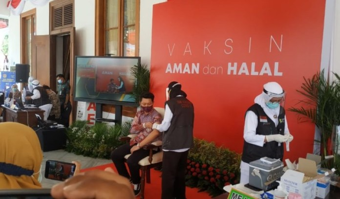 Vaksinasi Covid-19 di Surabaya Mulai 15 Januari Besok