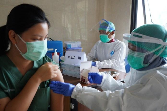 Suntik Vaksin Covid-19 di Surabaya Sudah Capai 675.240 Orang
