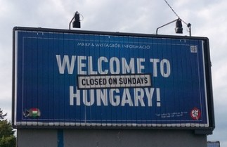 Welcome_to_Hungary_(Closed_on_Sundays) - midi