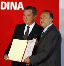 ante-vlahovic-na-urucenju-nagrade-regionalni-biznis-partner-001