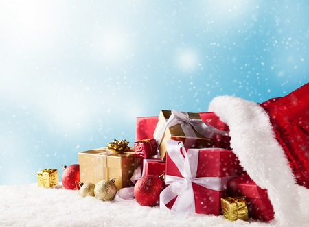 Poklone putem interneta kupuje 37,6% potrošača