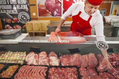 mercator slovenija meso midi