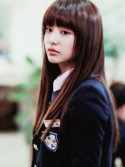 Kim Ji-won dalam The Heirs