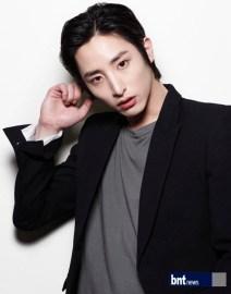 Wajah Unik Lee Soo Hyuk