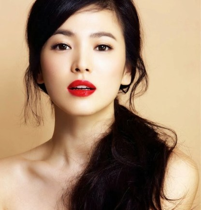 The Red Lips of Song Hye Kyo