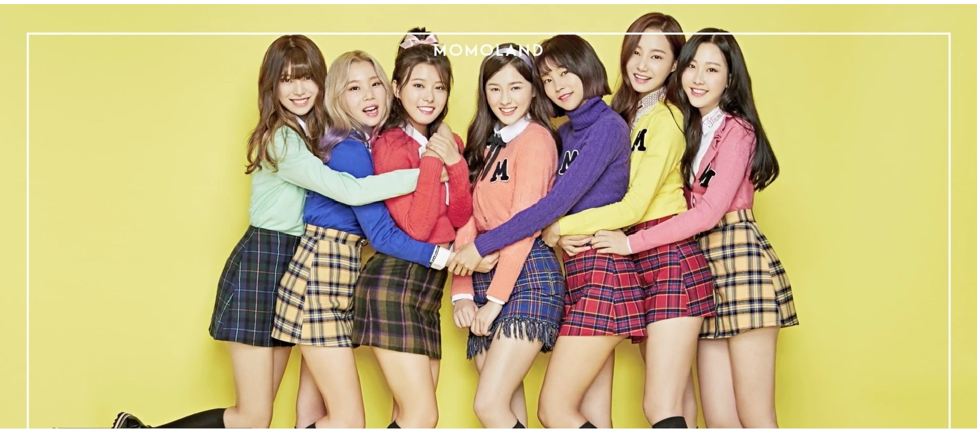 Momoland Poster 2