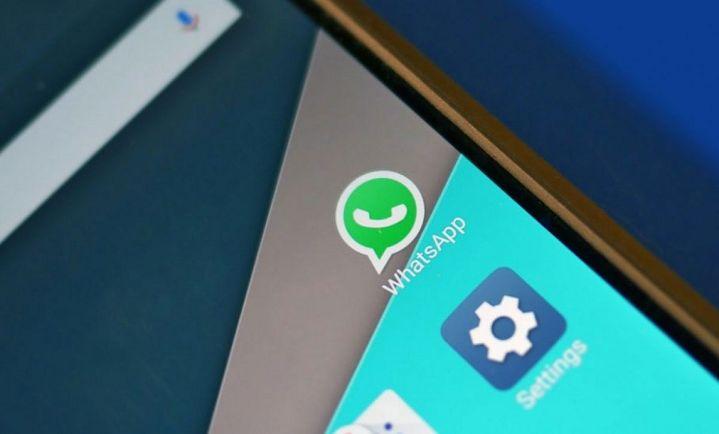 Fitur Hapus Pesan Di WhatsApp