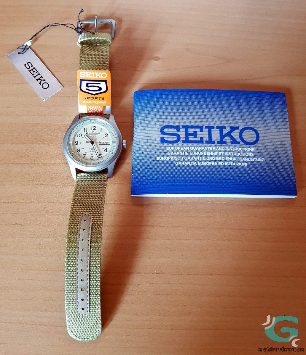 Seiko 5 Desert Military