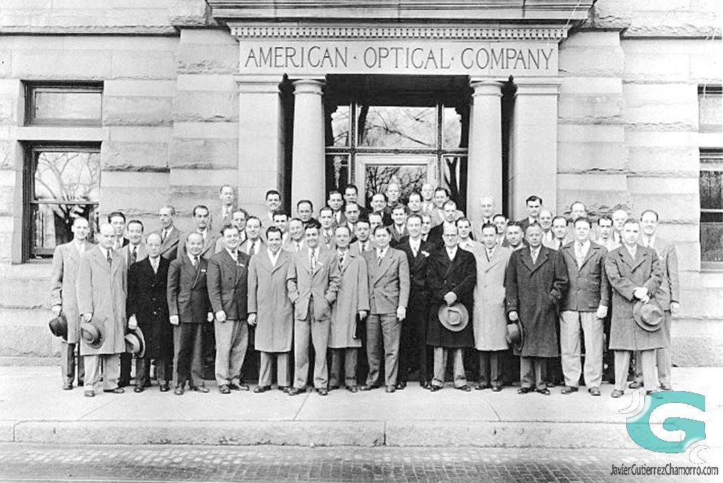 Plantilla de American Optical Company