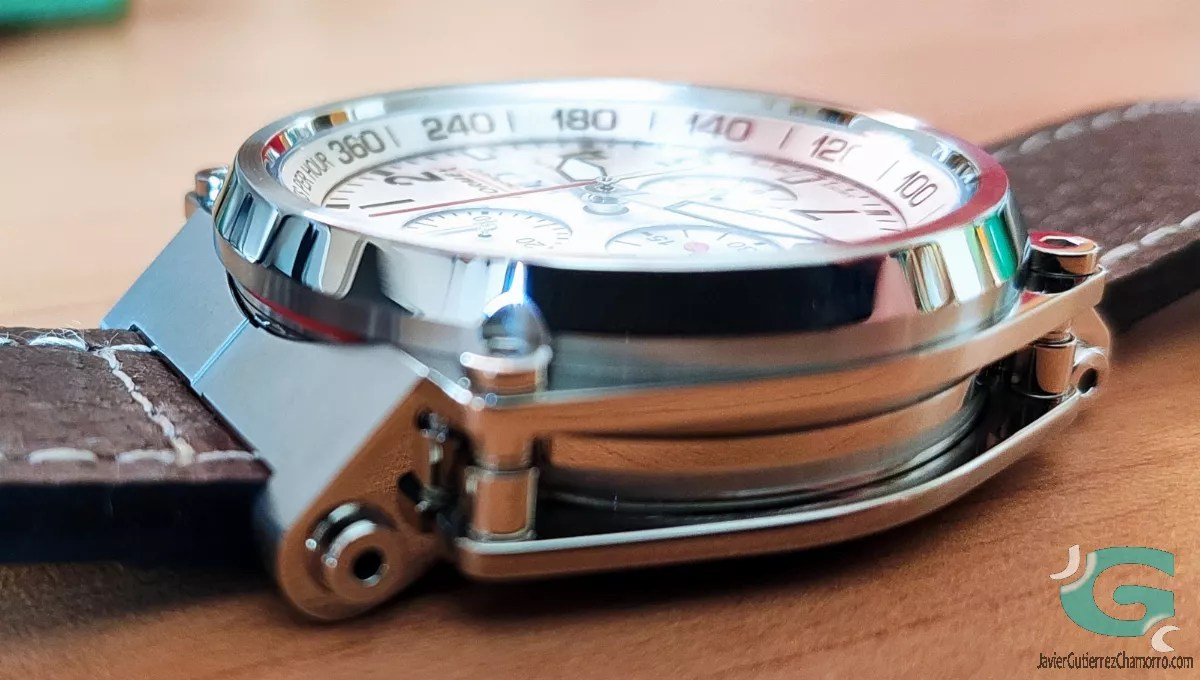 formex_pilot_chronograph_suspension.jpg?w=1200&ssl=1