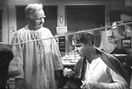 """Clarence hablando con Geoge. """"Qué Bello Es Vivir"""" (""""It's A Wonderful Life"""", 1946)"""