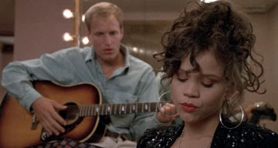 """Woody Harrelson y Rosie Pérez en """"Los Blancos no la Saben Meter"""" (""""White Men Can't Jump"""", 1992)"""
