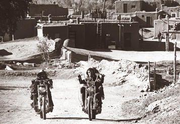 """Taos Pueblo en """"Easy Rider (Buscando mi destino)"""" (1969)"""