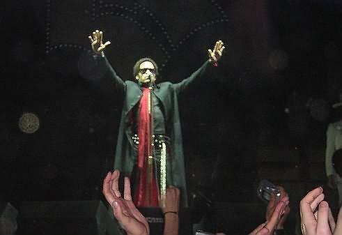 """I'm a minister of rock and roll !!"" (Lenny Kravitz, León 16 de junio de 2005)"