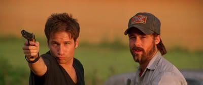 "David Duchovny y Brad Pitt en ""Kalifornia"" (1993)"