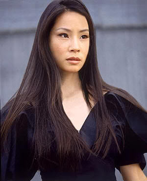 "Lucy Liu en ""Jugando a Tope"" (""Play it to the Bone"", 1999)"