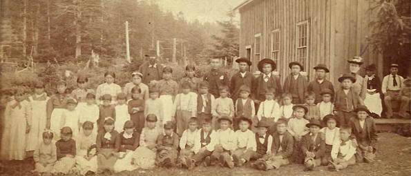 Escuela de la reserva Quileute en 1887