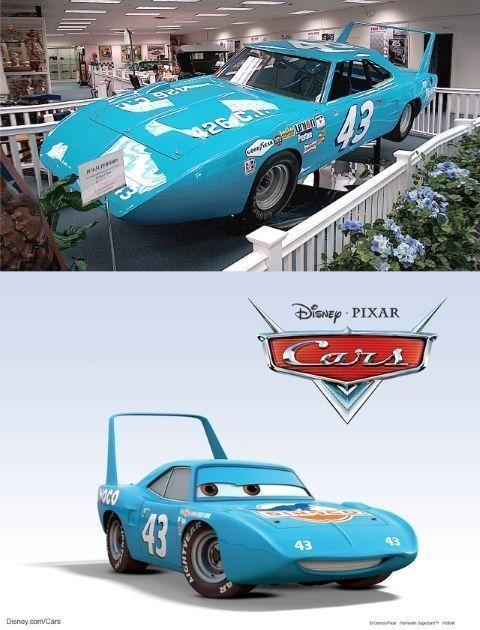 """Strip """"el Rey"""" es en realidad un Dodge Charger Daytona de 1969 (modelo que pasó a llamarsePlymouth Superbird en 1970)"""