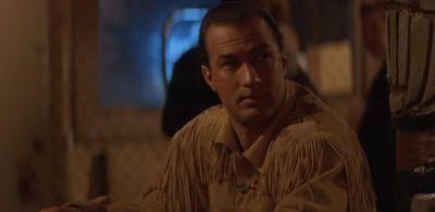 """Steven Seagal en """"En Tierra Peligrosa"""" (""""On Deadly Ground"""", 1994)"""