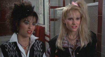 """La Mujer Explosiva"" (""Weird Science"", 1985)"