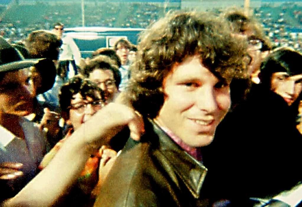 Jim Morrison en el Hollywood Bowl. Documental de Tom Dicillo
