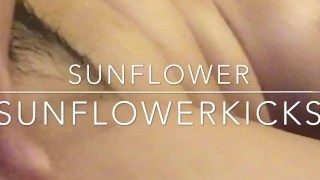 SunFlowerKicks PussyQueen Orgasm