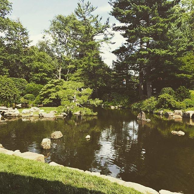 Having a @stbenjaminbrew beer in a zen garden with @parksontap #philly #summer