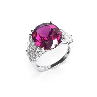 18ct White Gold Pink Tourmaline & Diamond Ring