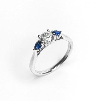 Platinium Diamond & Sapphire Ring