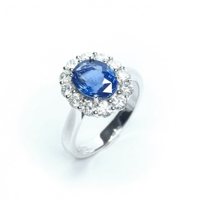 Second Hand Sapphire & Diamond Ring in Platinum