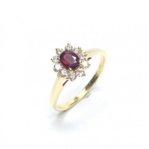 Image of second hand ruby & diamond ring in 18ct yellow gold