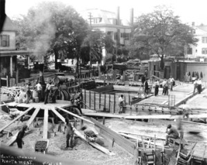Construction of the Federal Reserve Bank in Jacksonville, April 1923. Dozier be seen standing at the far-right center.