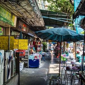 Wongwian Yai shops, Bangkok
