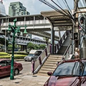 Wongwian Yai exit