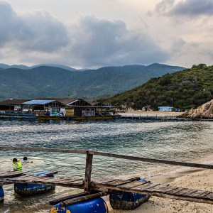 Vinh Hy Bay