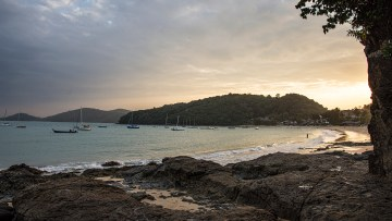 Looking back at Ao Yon Beach before sunset.
